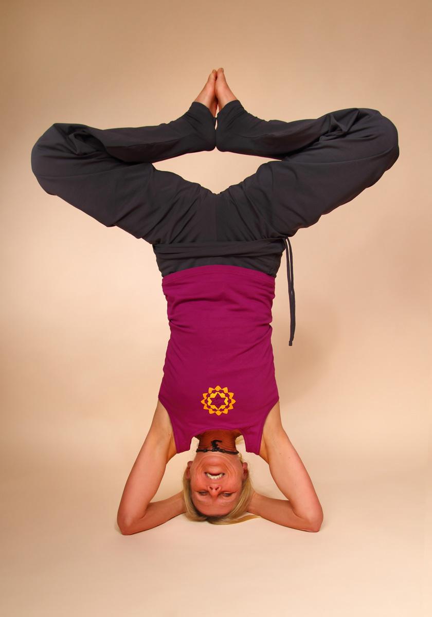 Hatha Yoga - Position Sirsasana (Kopfstand)