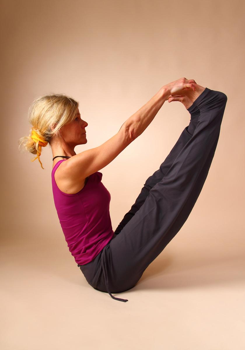 Hatha Yoga - Position Ubhaya Padangusthasana